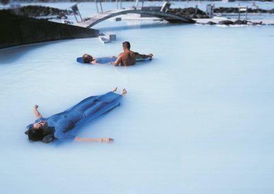 Varme kilder - Blue Lagoon geotermiske luksus-spa, ikke langt fra lufthavnen.