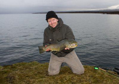 Ørredfiskeri i Island er verdensklasse.