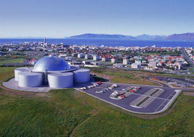Perlan med udsigt over Reykjavik.