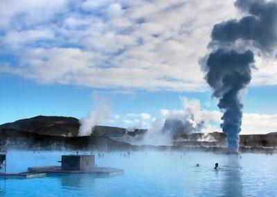 Blue Lagoon med dampende kedler og lækkert lyseblåt vand