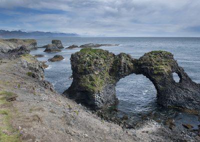 Klipper ved Anarstapi på Snæfellsnes