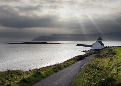 Smuk kirke på Færøerne ikke langt fra hovedstaden, Torshavn.