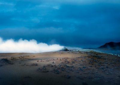 """Rygende """"kedel"""" ved Namaskard tæt på Mývatn :: foto: Lars Viberg - ISLANDSREJSER"""