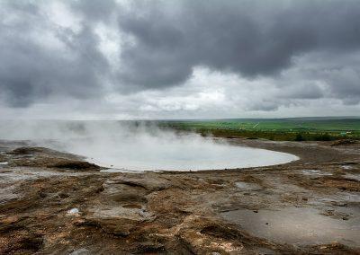 Geysir området er fyldt med geotermiske pools varme kilder