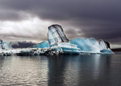 Smukke isbjerge i Jökulsárlón gletsjerlagune