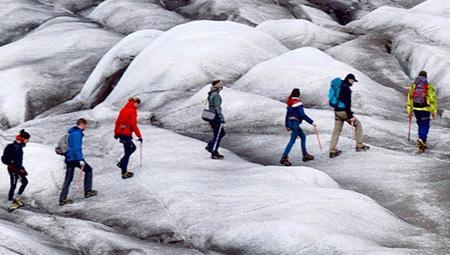 Hiking i Island eller gletsjervandring i Island - her på Solheimarjökull.
