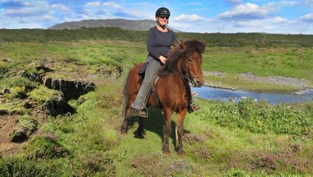 Snak islandske heste og rideture i Island med Mette fra ISLANDSREJSER