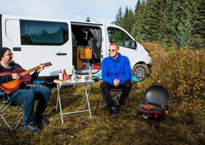 Auto Camper Van i Island - frihed i naturen