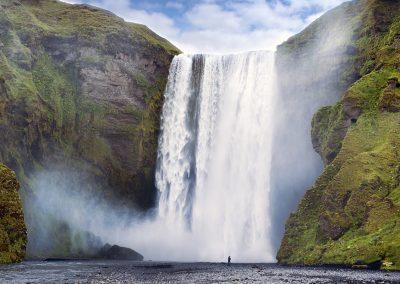 Skogafoss - det ikoniske vandfald ved sydkysten