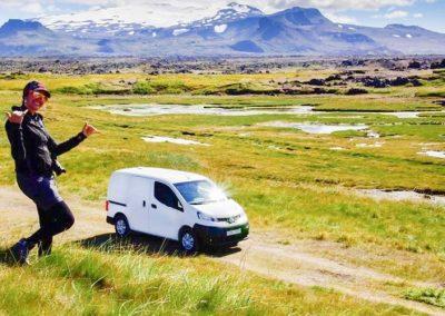Auto Camper Van i Island