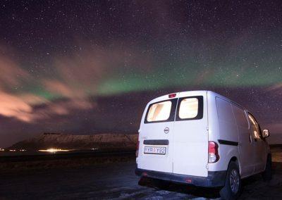 Auto Camper Van i Island - nordlys