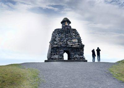 Bardur hedder denne stentrold der vogter over Snæfellsnes