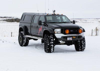 Super Jeep på Langjökull-gletsjern i Island
