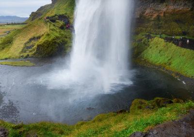Seljalandsfoss i Island - gå bagom vandfaldet