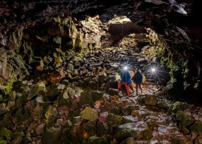 Underworld caving og grotter i Island - vinter - på kør-selv ferie og bilferie med ISLANDSREJSER