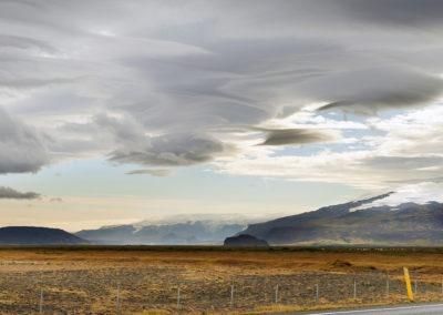 Eyjafjallajökull og smukke skyer på kør-selv ferie i Island med ISLANDSREJSER