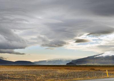 Eyjafjallajökull og smukke skyformationer på kør-selv ferie bilferie og grupperejser i Island med ISLANDSREJSER