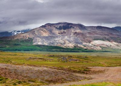 Klassisk landskab på Snæfellsnes-halvøen på kør-selv ferie og bilferie i Island med ISLANDSREJSER