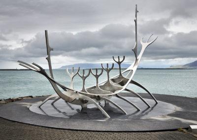 Solfærd monument i Reykjavik på kør-selv ferie og bilferie i Island med ISLANDSREJSER