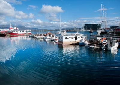 Havnen i Reykjavi på kør-selv ferie bilferie og grupperejser i Island med ISLANDSREJSER